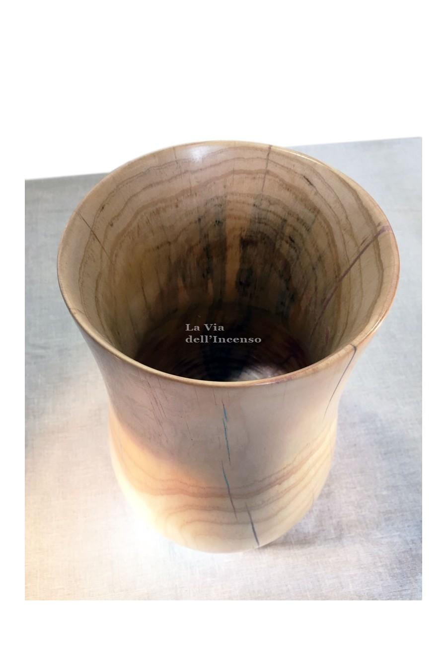 Vaso minimalista con dettagli blu, legno di pino