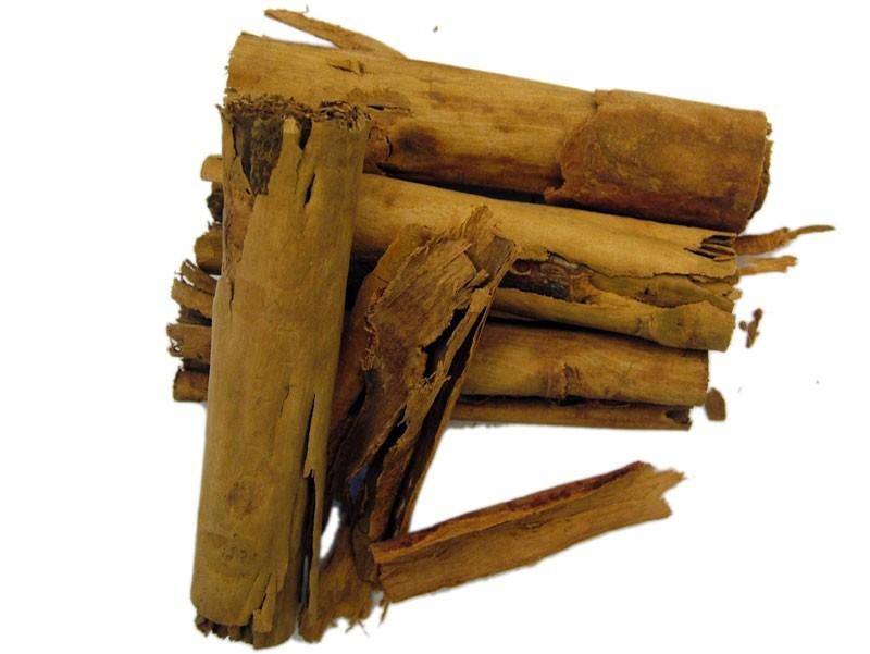 Cannella (Cinnamomum zeylanicum Nees)